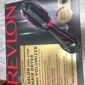Revlon Blowdryer Brush
